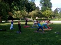 Poletna joga v naravi 2016