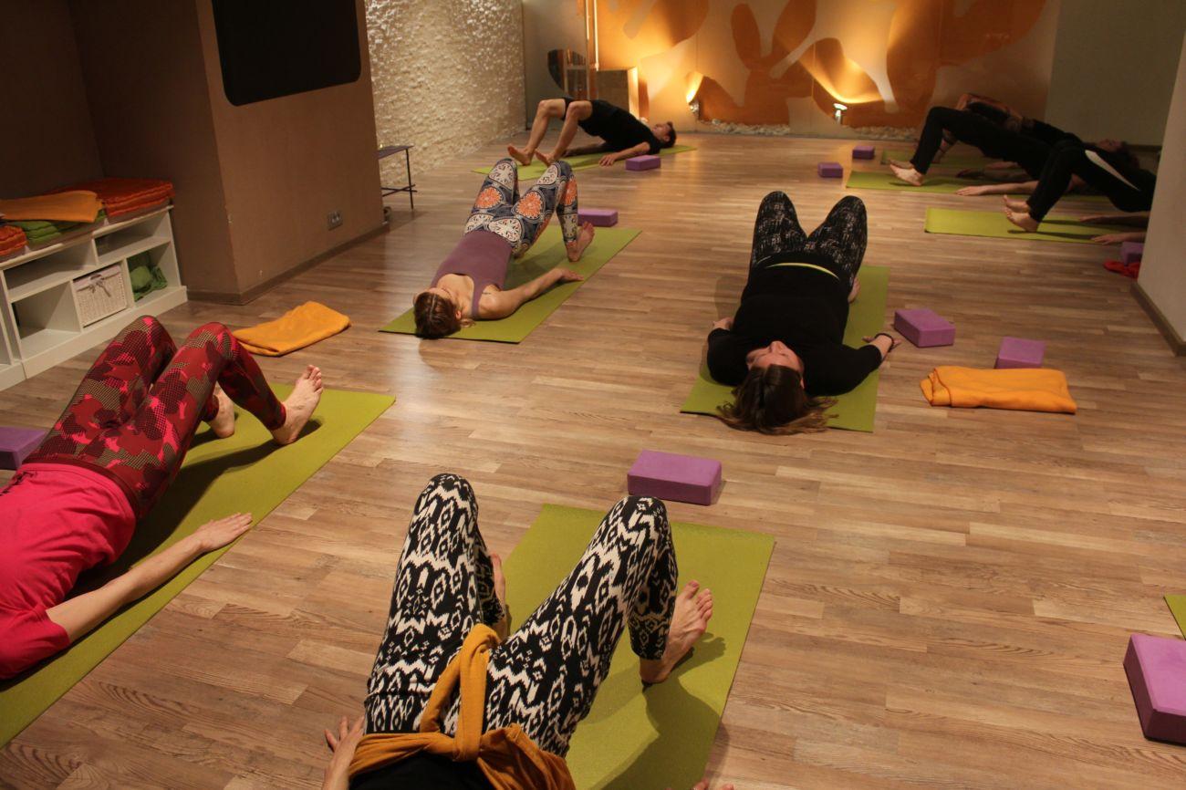 3 tedni ODPRTIH VRAT joga programov Pot joge (JAN 2020)