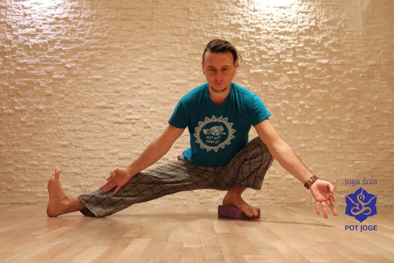 Pot joge. Dnevi odprtih vrat 7.-21.9. in vpisi v tečaje joge