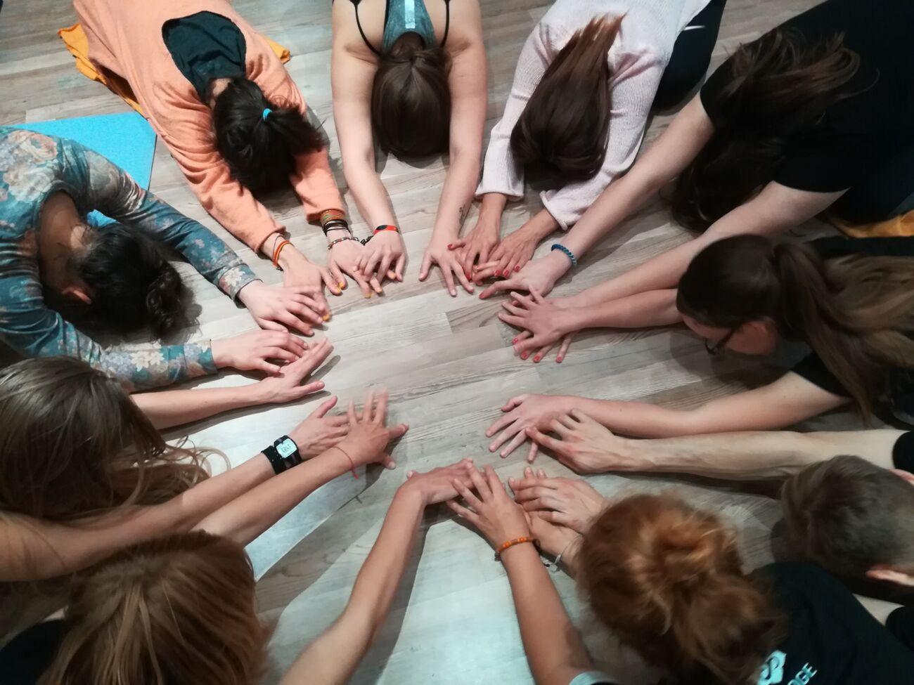 RE-UNION 2021 Srečanje generacij učiteljev Pot joge